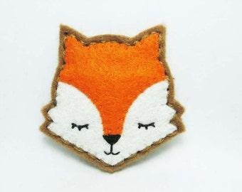 Moody Fox Felt Brooch / Fantastic Mr. Fox Felt Pin / Whimsical Orange Felt Fox Brooch / Sleepy Fox Pin / Daydream Fox Felt Brooch