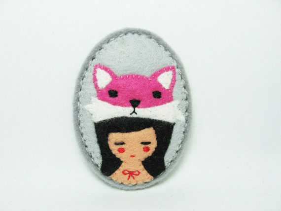 Contemporary vixen felt pin - made to order