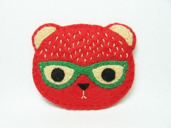 Strawbear felt pin - made to order