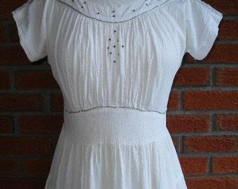 White Vintage Rockabilly Dress / 50s Mexican Senorita / Viva Las Vegas / Diamond Buttons / Silver Ric Rac Detailing