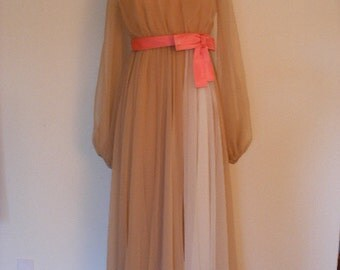 Beautiful Vintage 60s Evening Dress Ball Gown In Beige And Cream With A Rich Colored Pink Bow
