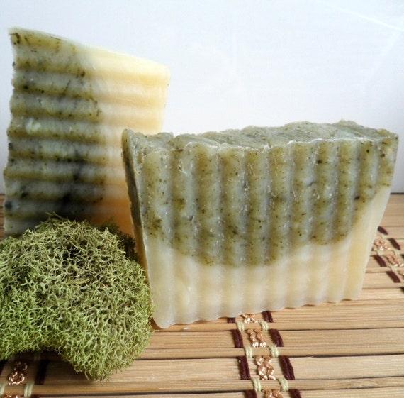 OAKMOSS SANDALWOOD Soap - mildly exfoliating - vegan savon - unisex scent by Bonny Bubbles