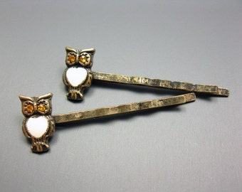Bronze Owl Bobby Pins / Hair Clips - retro vintage style woodland cute animal bird kitsch accessory antique inspired barrette szeya designs
