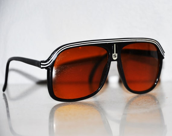 Awesome 1960s S White Striped Aviator SunGlasses