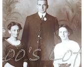 Vintage Photo - Family Photograph