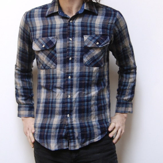 PLAID FLANNEL blue and grey 70s long sleeve button up shirt