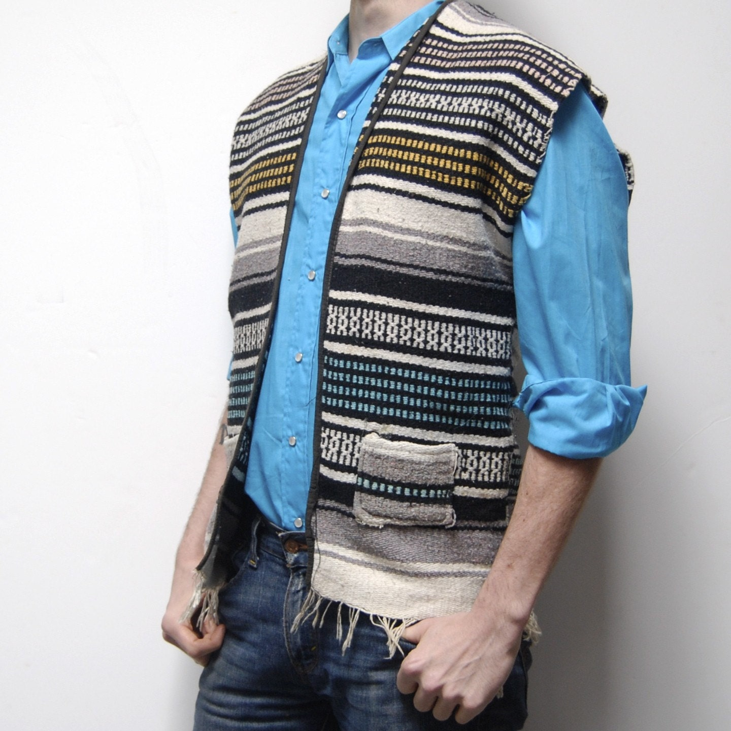 Vintage MEXICAN Blanket Poncho SUMMER Woven VEST With Pockets
