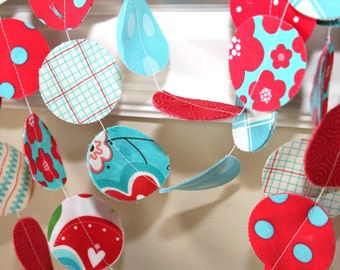 Fabric Circle Garland - Summertime in Red and Turquoise