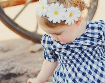 Three Daisy Flower Headband, Infant headband, Baby Headband, Toddler Headband, Teen Headband, Adult Headband, Photo Prop