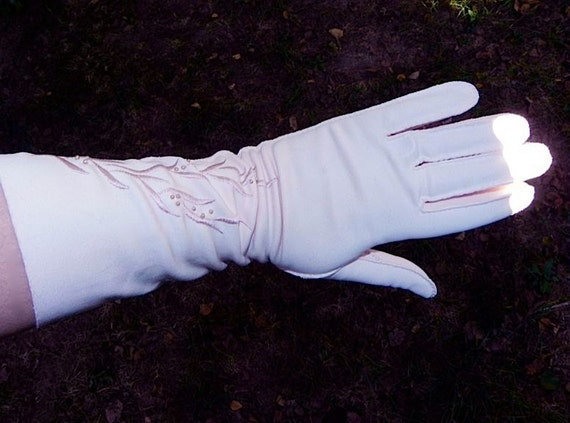 Vintage 40s 50s PINK Embroidered Long Gloves with Pearls M -on sale