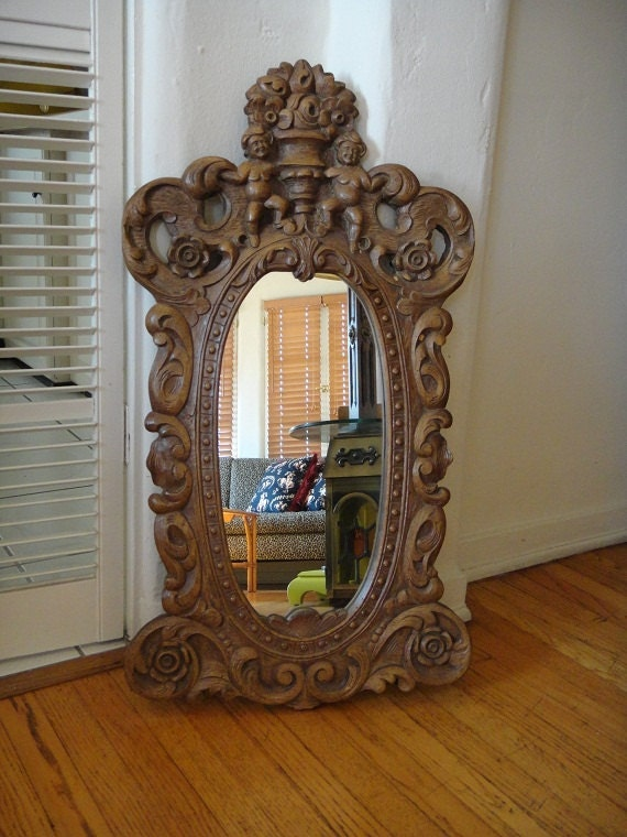 Vintage Cherub Oval Mirror (Los Angeles)