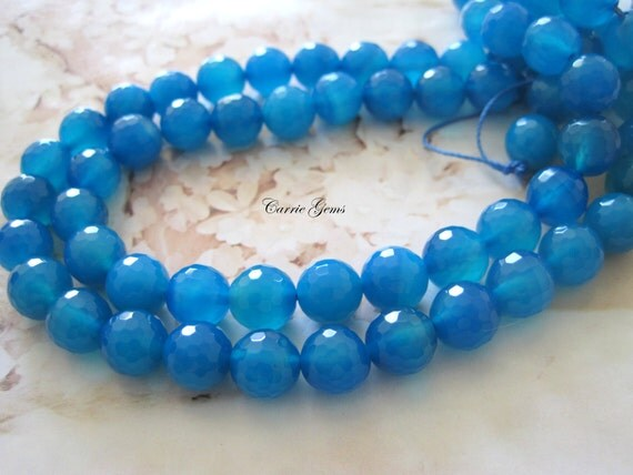 "8"" long (19pcs) Blue Agate Faceted Round 10mm Beads"