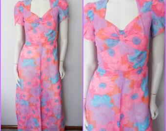 Vtg.60/70s Vibrant Pink Blue Purple Psychedelic Hawaiian Print Tulip Sleeve Maxi Dress.S.Bust 34.Waist 27