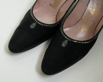 1950s Vintage Shoes Black Rhinestone High Heel Crepe 1960s Fashions