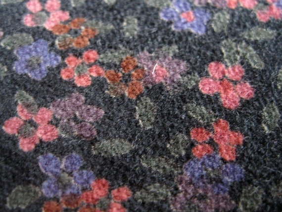 Vintage 1970s Floral Corduroy Fabric Yardage - 1 Yard 45 In Bolt Sewing Supplies