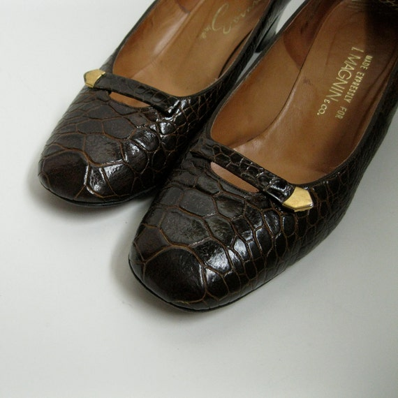 Vintage 1960s Alligator Shoes Chocolate Brown I Magnin 1970s Fall Fashions