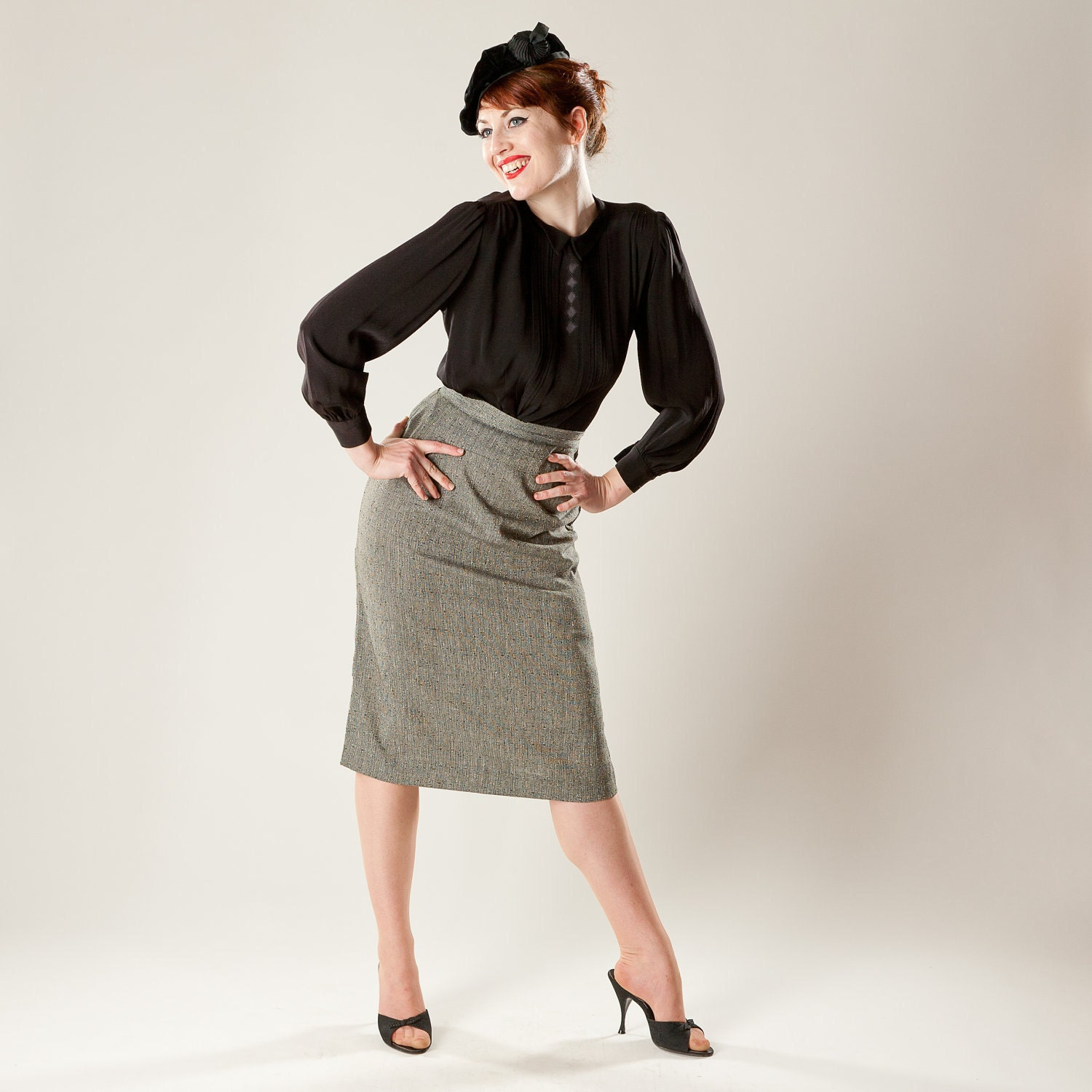 Vintage 1950s Pencil Skirt Tweed Woven Fall By Alexsandras