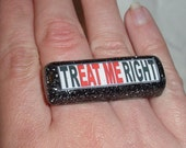 trEAT ME right Double RING Connector Eat Me Mature Glitter Resin Sexy, Swinger