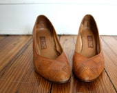 Vintage Ochre Wood Stacked Leather Heels Size 8.5