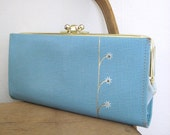 Vintage Robins Egg Blue Kiss Lock Wallet with Daisy Motif