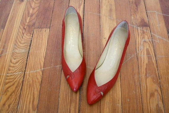 Vintage 1980s Lipstick Red Leather High Heel Pumps Size 8.5