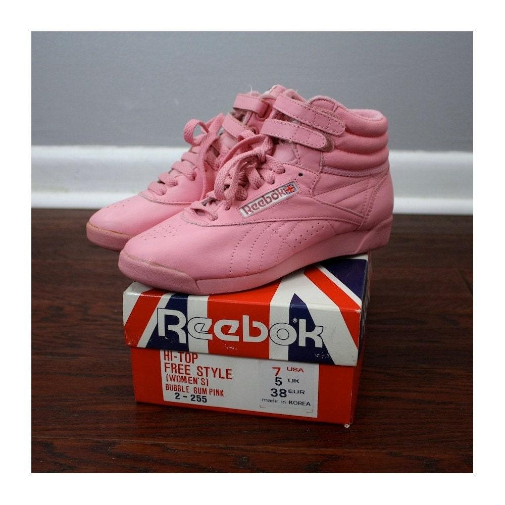Vintage Bubblegum Pink Reebok Hi Tops 1988. Classic NOS Size 7