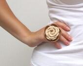 Beige crochet and leather flower ring v