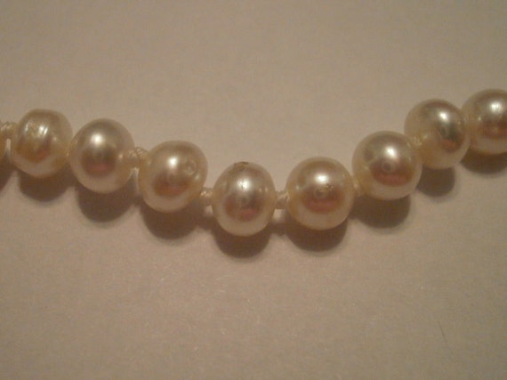 Vintage Cultured Pearl and Sterling Silver Necklace
