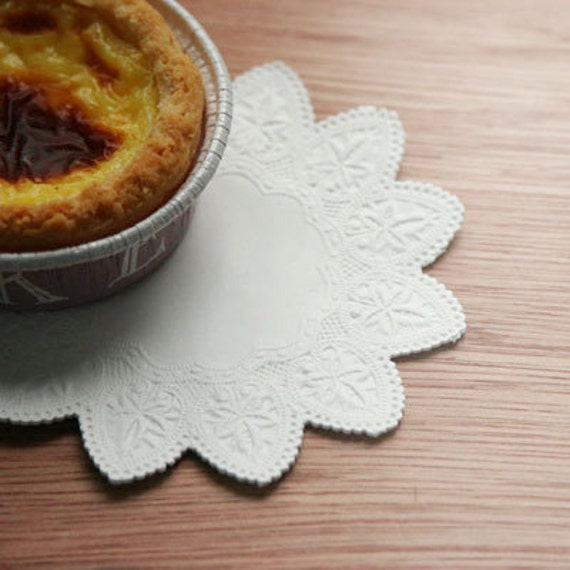 Star Shaped Paper Doily 4 inch (50 sheets)
