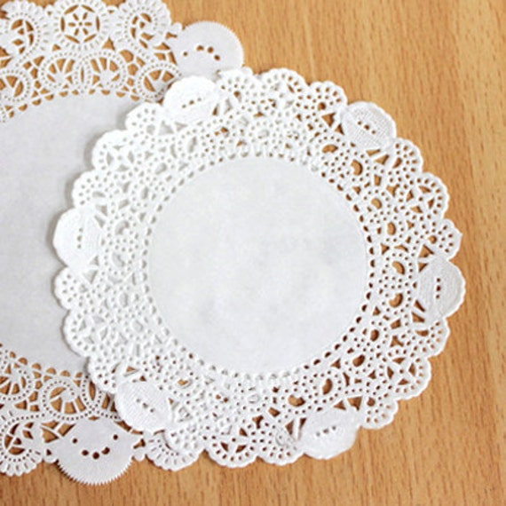 Romantic Ivy Lace Paper Doilies 3.5 inch (50 sheets)