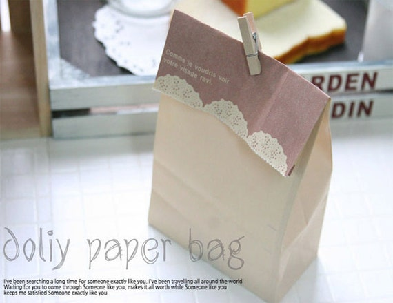 Doily print Paper Bags (15 bags)