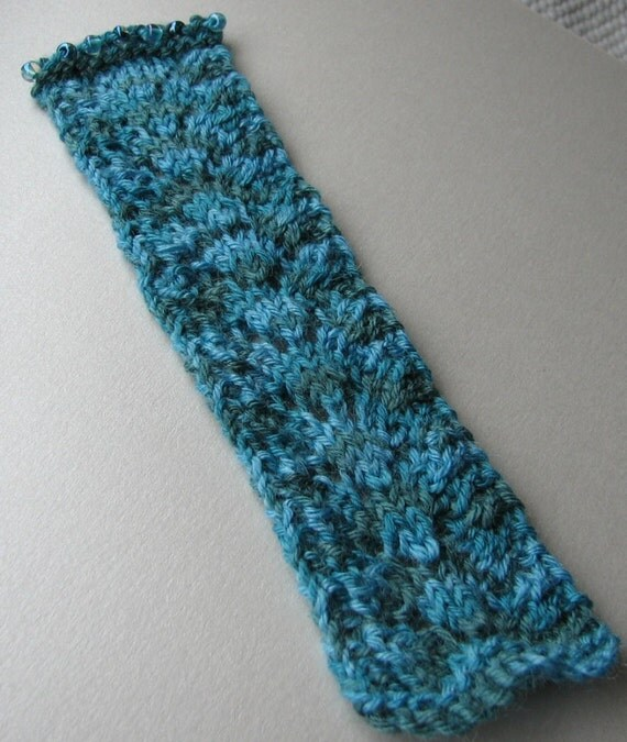 Lace Knit Beaded Bookmark