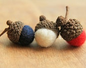 Patriotic RED WHITE & BLUE Wool Felted Acorns set of 12