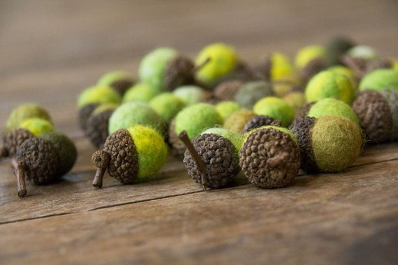 Set of 24 SHADES OF GREEN Merino Wool Felted Acorns - As seen in Southern Living magazine| boho, cottage chic, woodland, rustic