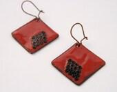 red rhombus enameled earrings