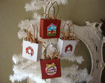 Christmas gift bag ornaments mini paper treat baskets Christmas party favors red and white country style christmas jewelry gift bag
