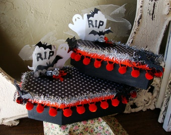 Halloween coffin gift box Black and white embellished altered paper mache coffin Party Favor gift box RIP ghost and bats