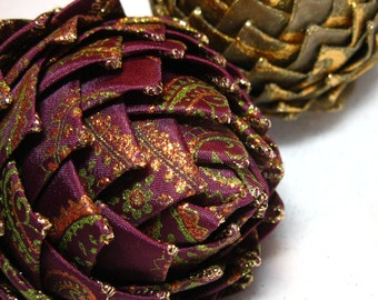 Collectible Christmas Ornament, purple and gold