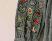 vtg 40s Girl Scouts dress with loads of patches and insignia, size xs-s
