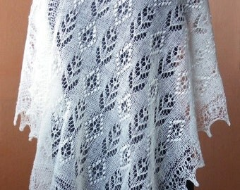White hand knitted Haapsalu shawl, traditional Estonian lace shawl CUSTOM MADE