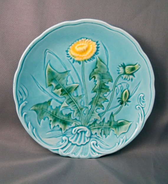 Vintage Majolica Plate Dandelion 722 of Germany