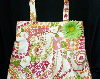 Floral Summer Purse, Colorful Tote Bag.  Perfect for Pool Bag, Beach Bag or Farmers Market Tote as the lining is water resistant