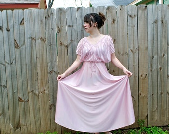 Vintage Pink Lady-in-waiting Long Baby Doll Princess Dress // 1980s