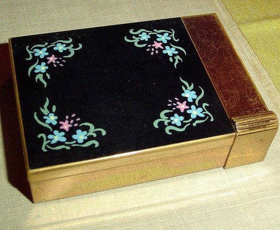 Blow out sale Vintage enamel double mirrored compact from Volupte
