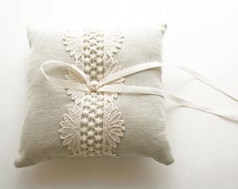 Wedding Ring Pillow, Ring Bearer Pillow, Lace Ring Pillow, Wedding Pillow, Ring Cushion