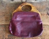 vintage 70s purse // leather & wood burgundy handbag clutch