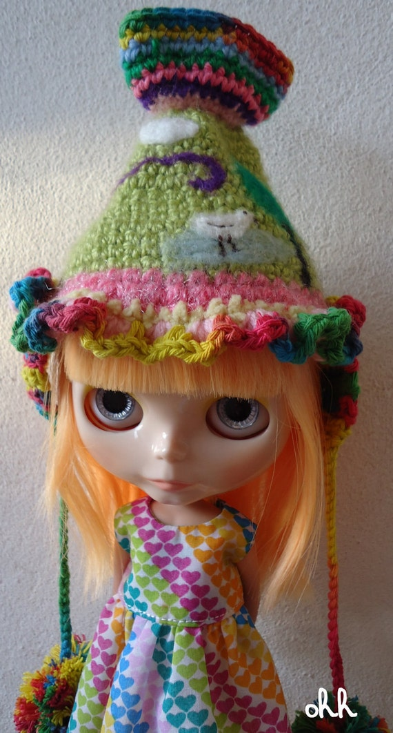 Blythe outfit Colours hat OOAK and multicolor hearts kawaii dress