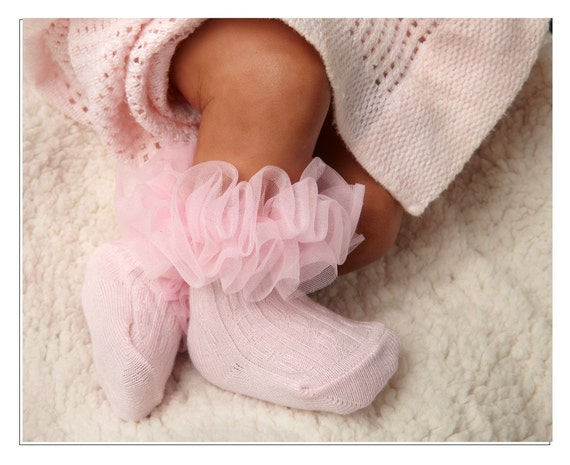 Bamboo Super Darling Ruffle socks - Pink Cable Crew - two sizes available.