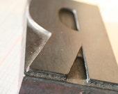 Vintage Letterpress wood block-Letter R