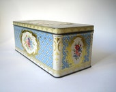 Pretty Vintage Biscuit Tin Original Packaging Small 50s